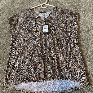 Adrianna Papell short sleeved top